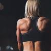 肩や太ももの筋肉を落として細くするにはどうすればいいか
